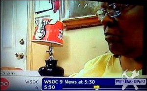 KFC Lamp – White Trash Repairs