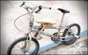 Redneck Tandum Bike – White Trash Repairs