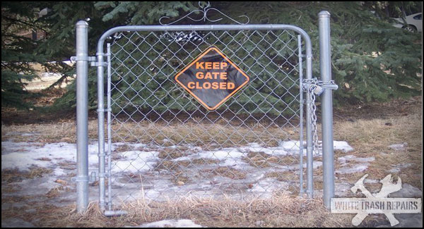keep-out-sign-fence